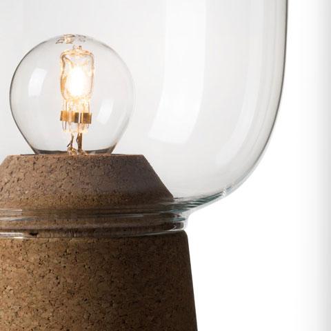 Picia lampe à poser en verre avec base en liège